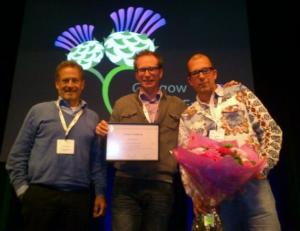 Pim de Voogt, Lubertus Bijlsm and Erik Emke accept their award
